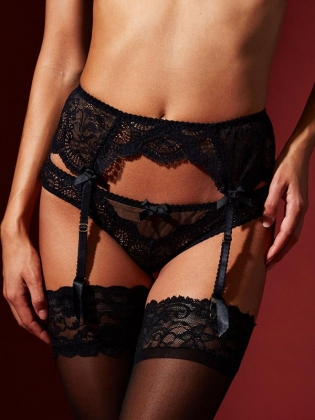 Black Sexy Lace Lingerie Garters